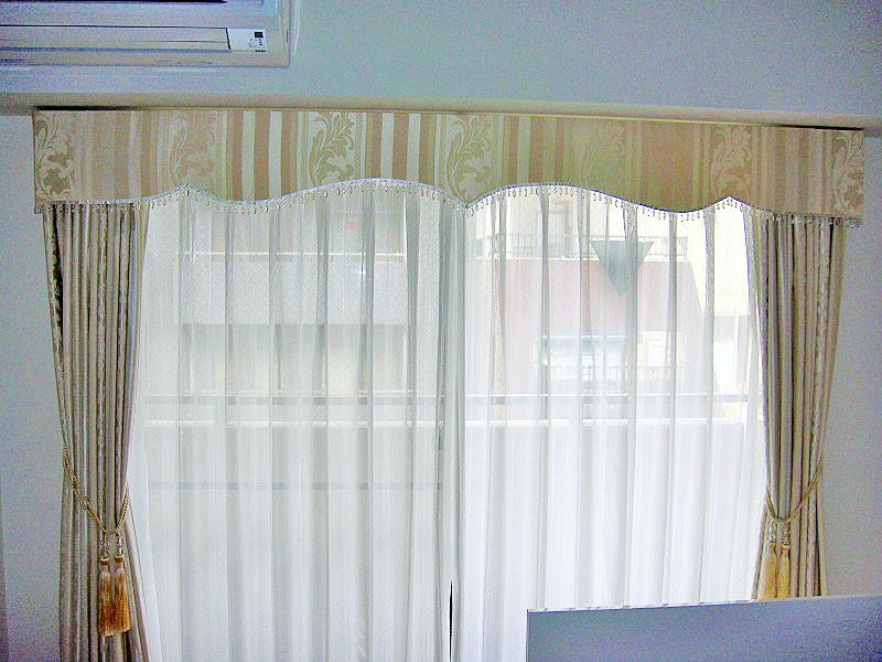 クリスタルフリンジ バランスカーテン 白カーテン ドイツ製