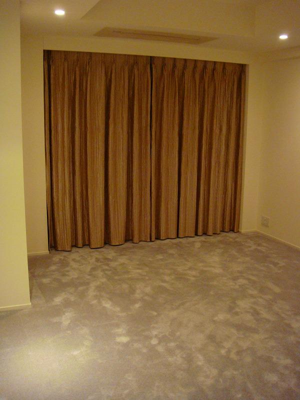 ベッドルームカーテン 優しいカーテン