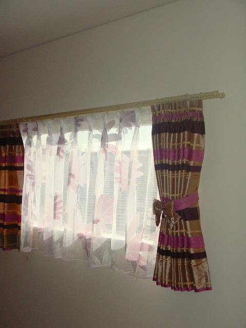 女の子の部屋 インテリアカーテン