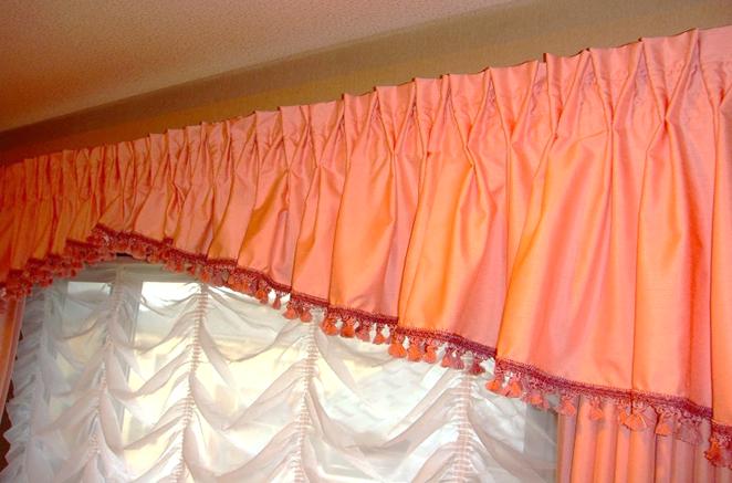 ギャザーバランス 女の子の部屋 可愛いカーテン