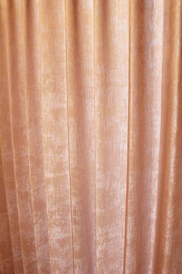 メタリック シティシック 吹き抜けのカーテン