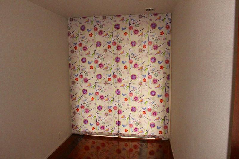 花柄のカーテン ブリティッシュカーテン 子ども部屋のカーテン
