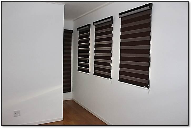 ロールスクリーン モダンなカーテン 遮光カーテン