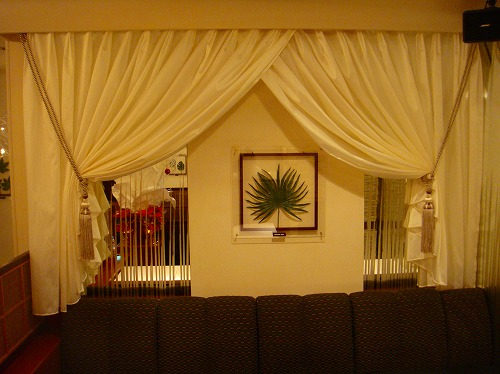 店舗装飾カーテン イギリス製タッセル イタリア製ドレープ