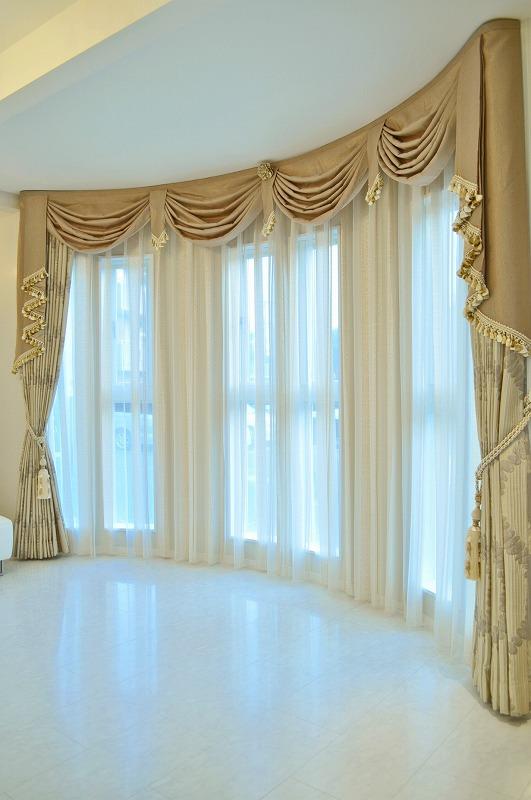 クリーミーな色合いカーテン 優しい色合いで