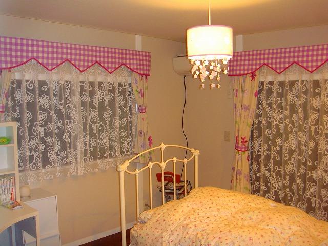ギンガムチェック ピンク 女の子の部屋