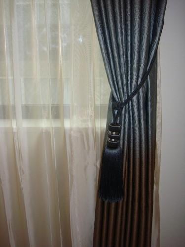 グラデーションのカーテン タッセル ブルーグレー