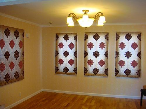 豪華カーテン 華やかな輸入住宅に合うカーテン