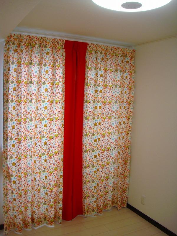 子供部屋 カーテン