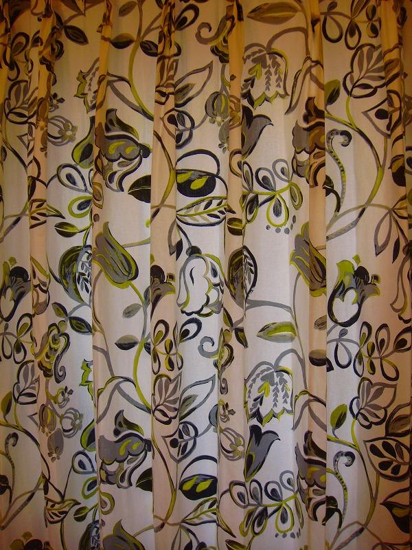 花柄カーテン 大柄パターン
