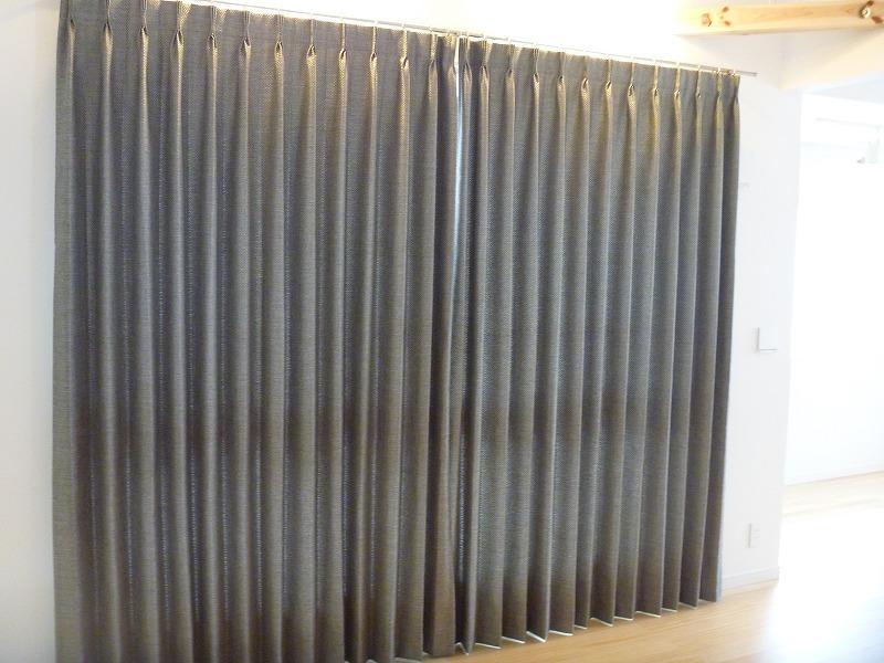 イタリア製カーテン モダン シルバーグレー