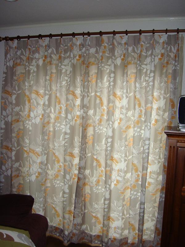 ドイツ製カーテン  リゾート感 オレンジのカーテン