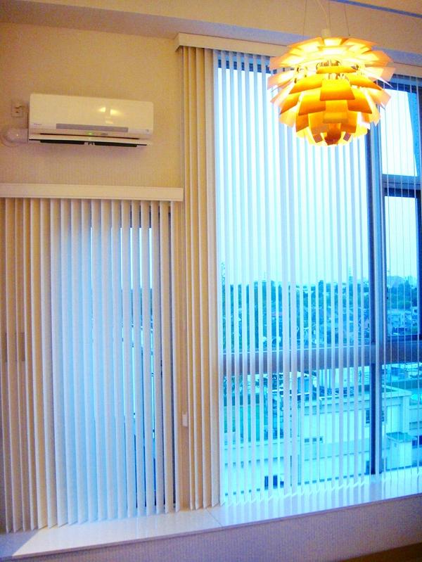 ニチベイ バーチカルブラインド 高層マンションの窓