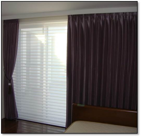 輸入カーテン ハンターダグラス シンプルなカーテン
