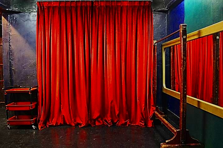 ヨーロッパのカーテン 輸入カーテン ベルベット